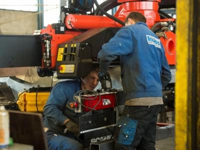 http://www.tauss-fahrzeugbau.at/data/image/thumpnail/image.php?image=147/tauss_fahrzeugbau_article_3004_1.jpg&width=400